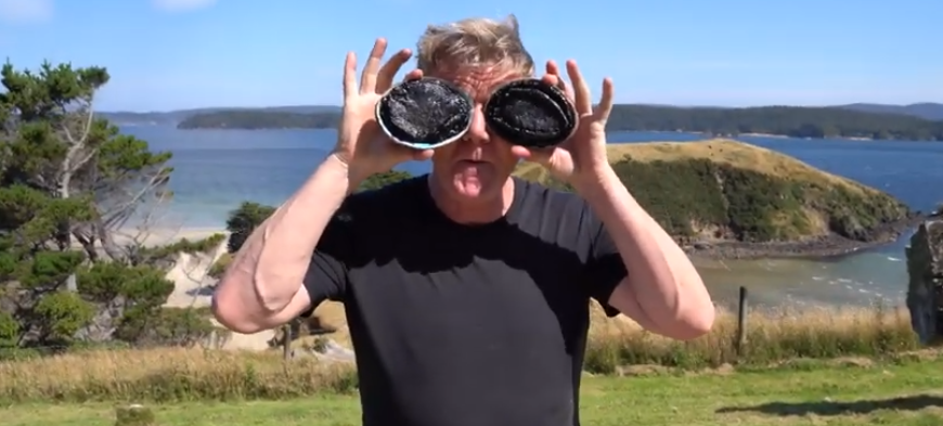 Gordon Ramsay's roerei met zeeoren uit Nieuw-Zeeland (met video)