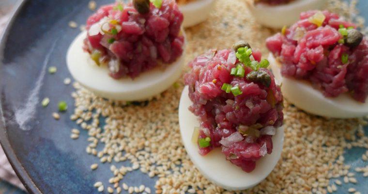 Gevulde eieren met verse tartaar van bavette