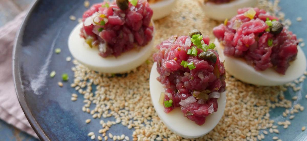Gevulde eieren met tartaar van bavette