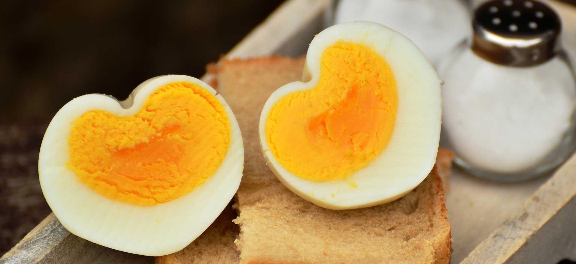 Valentijnsdag: zó maak je van een ei een hartje