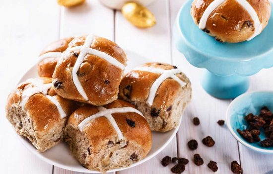 Hot cross buns (Engelse paasbroodjes)