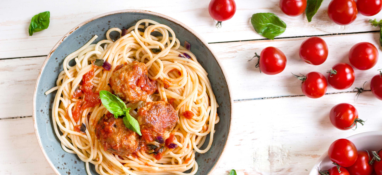 Spaghetti bolognese met gehaktballetjes