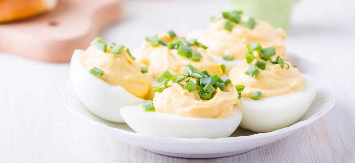 Gevulde eieren met truffel en kerrie