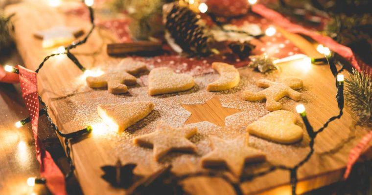 Kerstkoekjes met glazuur